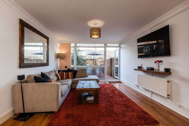 3 Bedrooms House for sale in Ramiles Close, Brixton, SW2