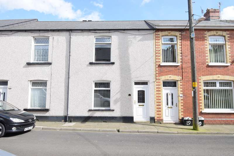 3 Bedrooms Terraced House for sale in Grove Place, Griffithstown, Pontypool, NP4