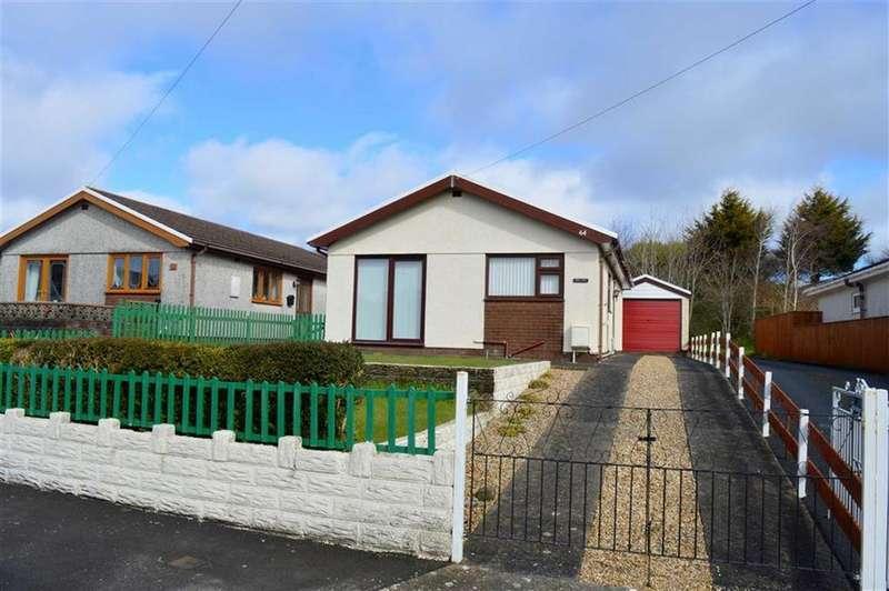 2 Bedrooms Detached Bungalow for sale in Pencaerfenni Park, Crofty, Swansea