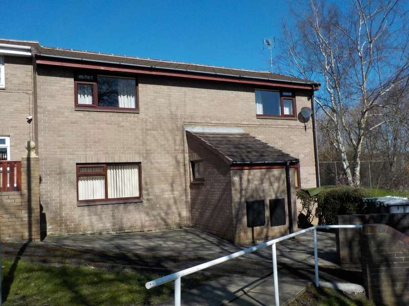 3 Bedrooms Town House for sale in Frederick Walker Gardens, Batley