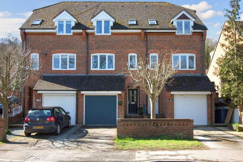 3 Bedrooms Town House for sale in Loudwater