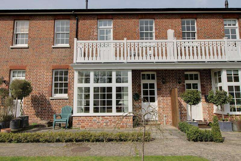 2 Bedrooms Mews House for sale in Bethel Street, Norwich