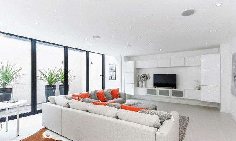4 Bedrooms Detached House for rent in Cecile Park, Crouch End, N8