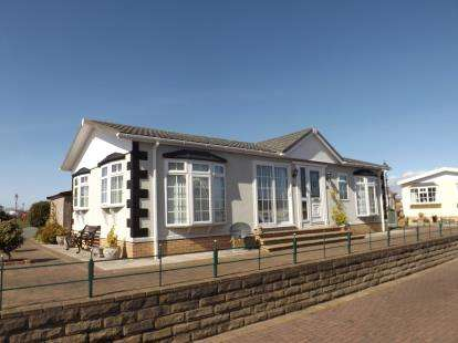 2 Bedrooms Mobile Home for sale in Stud Farm Park Homes, Oxcliffe Road, Heaton With Oxcliffe, Morecambe, LA3