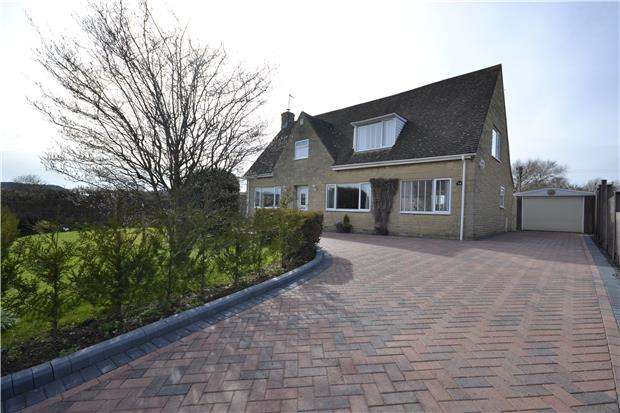 4 Bedrooms Detached House for sale in Willow Bank Road, Alderton, GL20