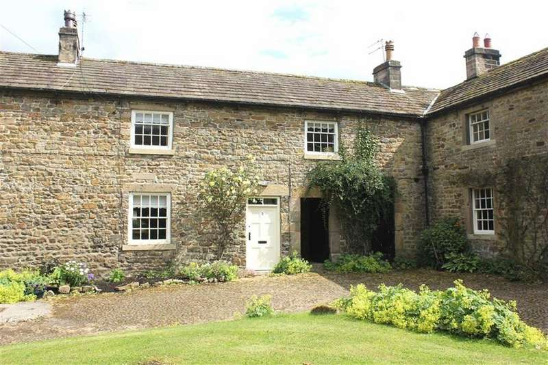 2 Bedrooms Terraced House for rent in The Square, Greta Bridge, County Durham