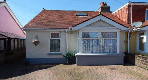 2 Bedrooms Semi Detached Bungalow for sale in Northcroft Road, Gosport PO12
