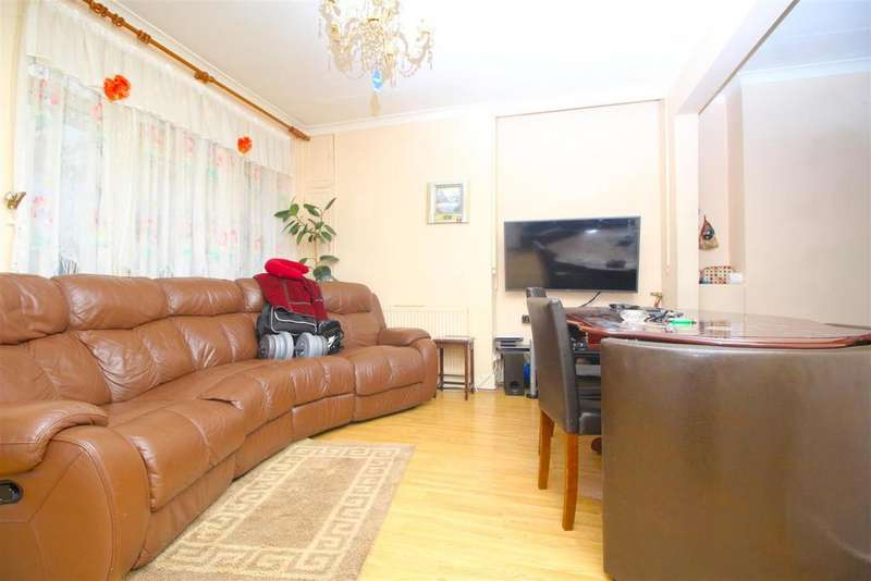 3 Bedrooms Terraced House for sale in Coniston Road, London