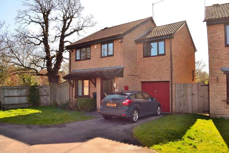 4 Bedrooms Detached House for sale in Adwell Drive, Lower Earley, Reading, Berkshire, RG6 4JY