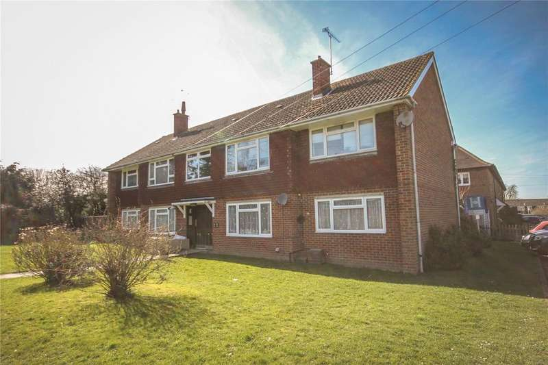 2 Bedrooms Flat for sale in Meadway, Halstead, Sevenoaks, Kent