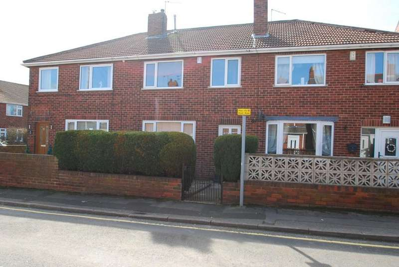 3 Bedrooms Town House for sale in Winter Avenue, Barnsley S75