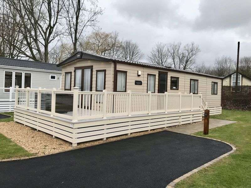 3 Bedrooms Property for sale in Broadway Lane South Cerney, Cirencester