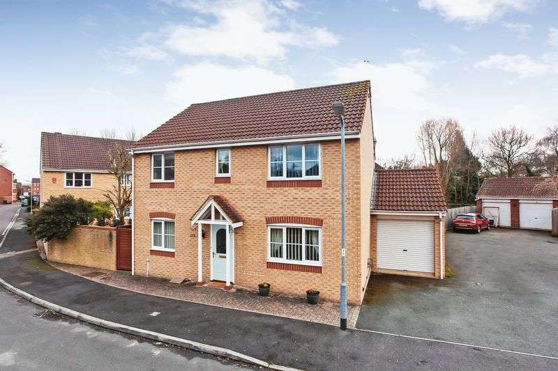 4 Bedrooms Property for sale in Severn Drive, Taunton