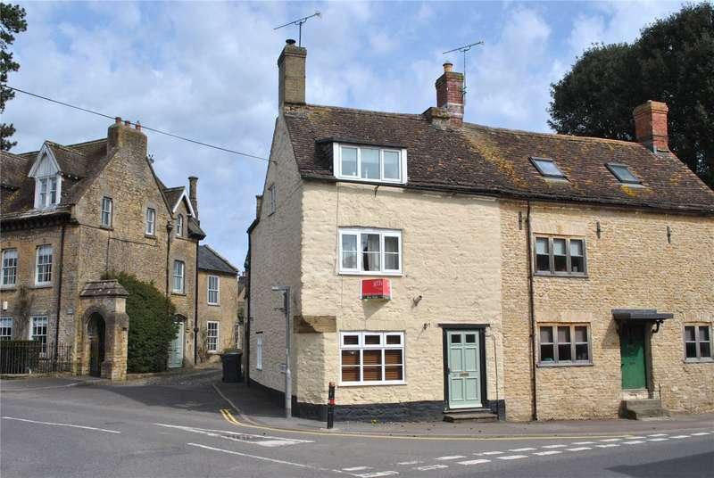 3 Bedrooms Semi Detached House for sale in High Street, Milborne Port, Sherborne, Dorset, DT9