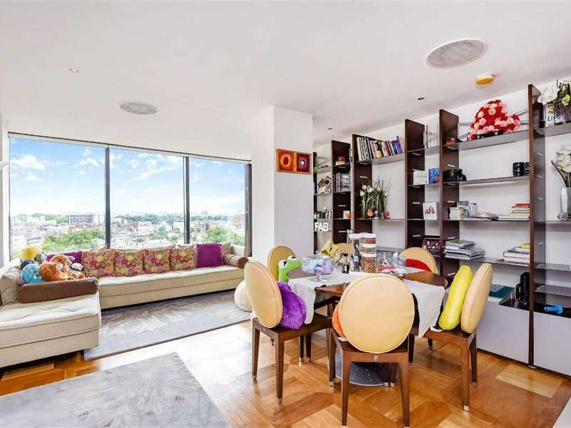 2 Bedrooms Flat for sale in Point West, South Kensington, SW7