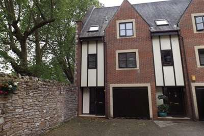 3 Bedrooms Town House for rent in Carlton Mews, Wells BA5