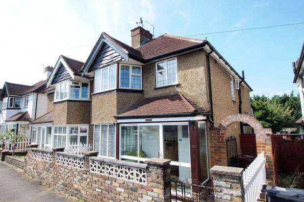 3 Bedrooms Semi Detached House for sale in Ewell By Pass, Ewell Village, KT17