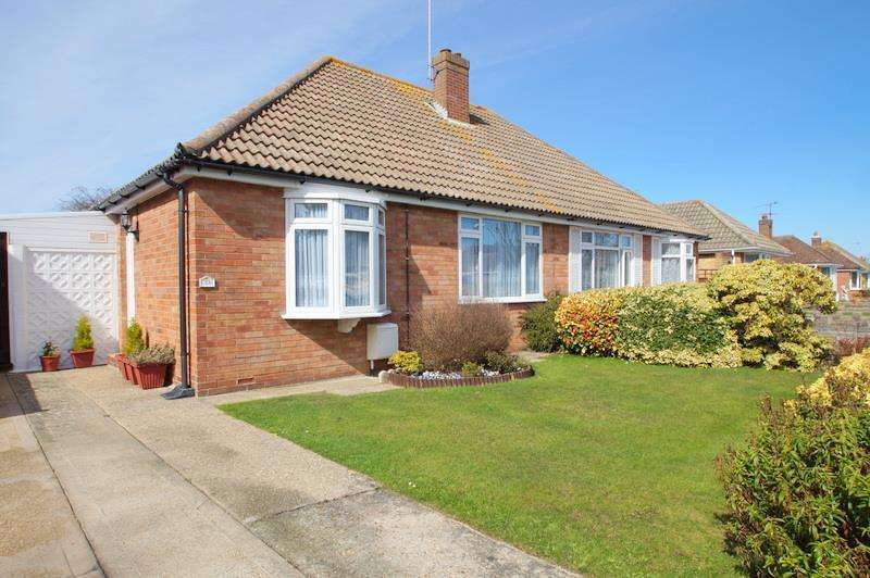 2 Bedrooms Semi Detached Bungalow for sale in NEAR TO THE FRINTON BEACH