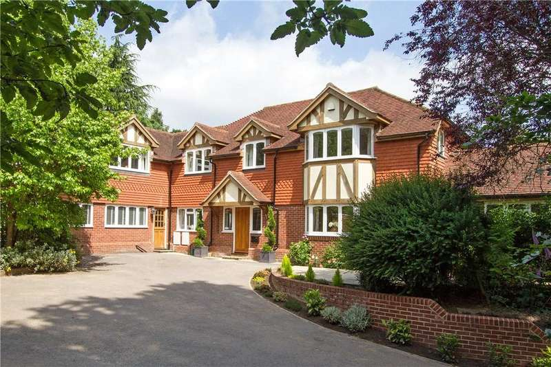 5 Bedrooms Detached House for sale in Bunch Lane, Haslemere, Surrey, GU27