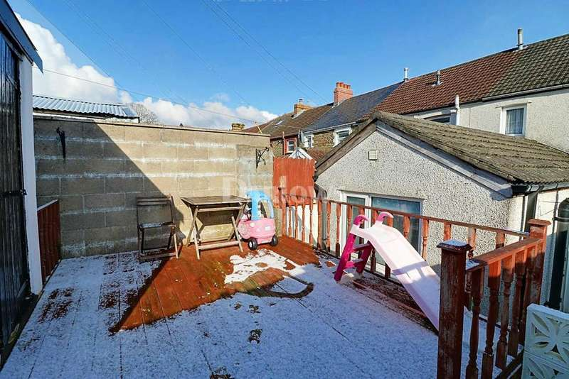 3 Bedrooms Terraced House for sale in Kingsley Place, Senghenydd