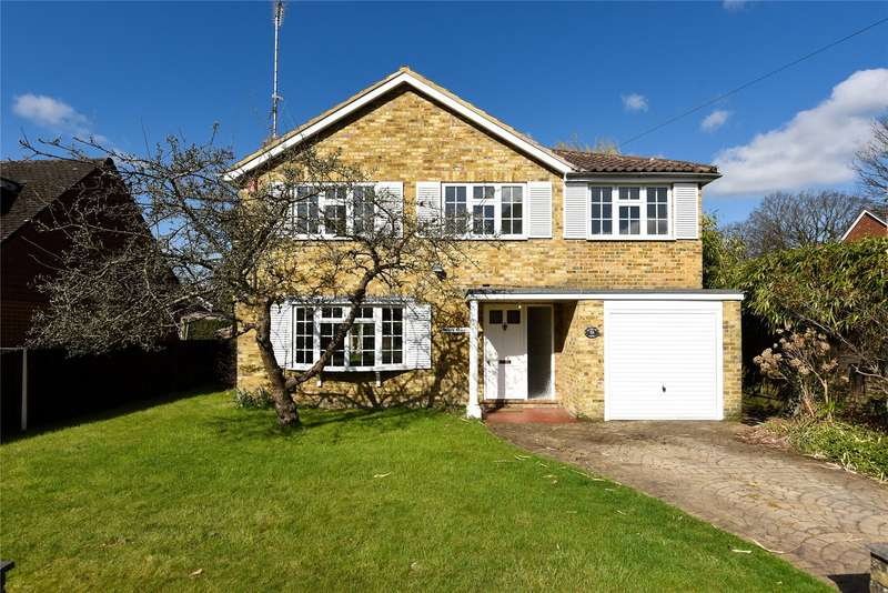 5 Bedrooms Detached House for sale in The Broadway, Sandhurst, Berkshire, GU47