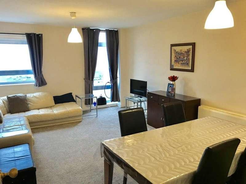 2 Bedrooms Apartment Flat for sale in Clarendon Road, Wallington