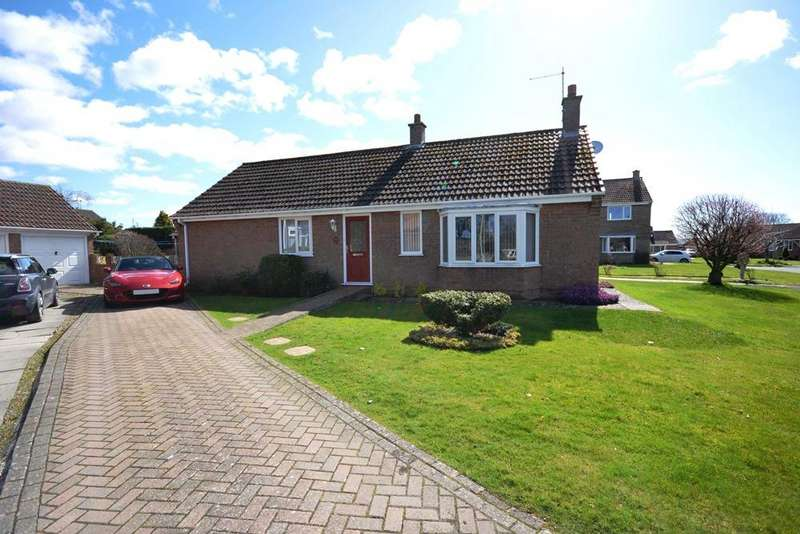3 Bedrooms Detached Bungalow for sale in Conyers Ings, West Ayton, Scarborough YO13