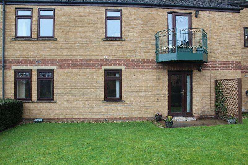 2 Bedrooms Apartment Flat for sale in Stamford