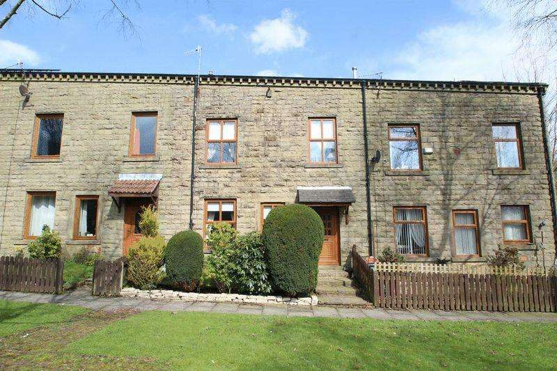 3 Bedrooms Terraced House for sale in Leavengreave Court, Shawforth OL12 8NG