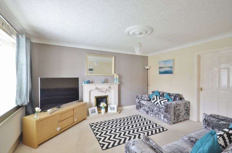 3 Bedrooms Property for sale in Holly Bank, Whitehaven