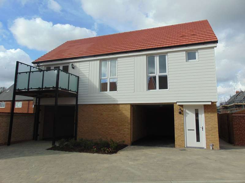 2 Bedrooms Detached House for rent in Arthur Maybury Close , Repton Park TN23