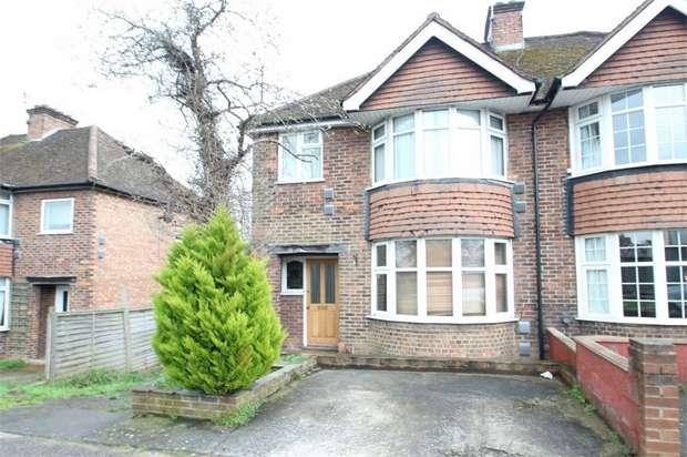 6 Bedrooms Semi Detached House for sale in Ash Grove, GUILDFORD, Surrey