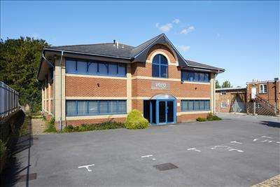 Office Commercial for sale in 45 BOULTON ROAD,READING,RG2 0NH, Reading