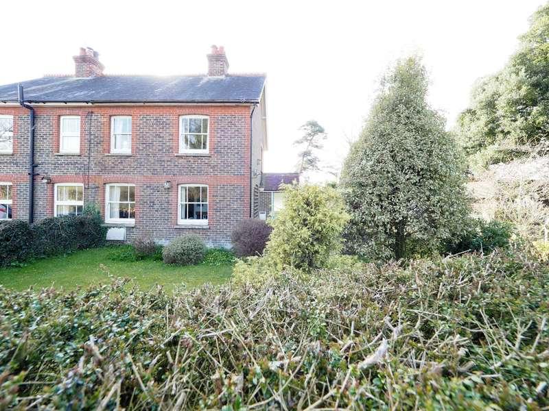 2 Bedrooms Semi Detached House for sale in Plumpton Lane, Plumpton