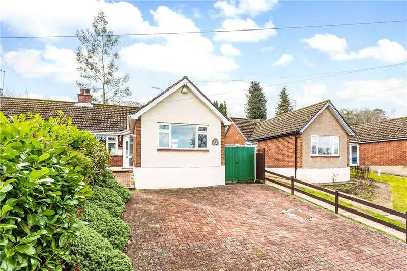 2 Bedrooms Semi Detached Bungalow for sale in St Marys Avenue, Northchurch, Berkhamsted, Hertfordshire, HP4