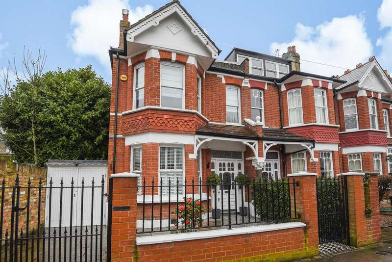 4 Bedrooms End Of Terrace House for sale in Heythorp Street, Southfields