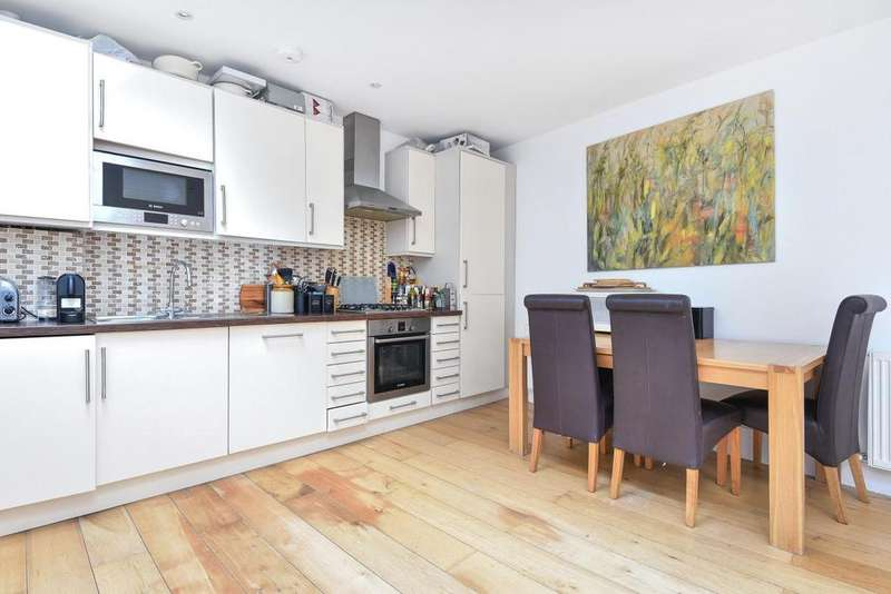2 Bedrooms Semi Detached House for sale in Balham High Road, Balham