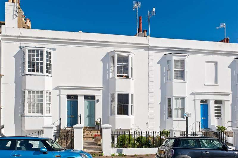 3 Bedrooms Terraced House for sale in Osborne Villas, Hove