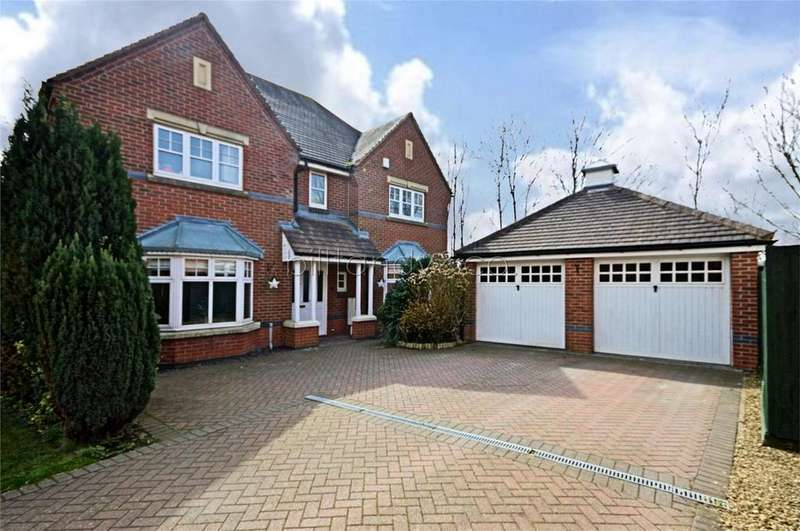 4 Bedrooms Detached House for sale in Freer Drive, Burntwood, Staffordshire