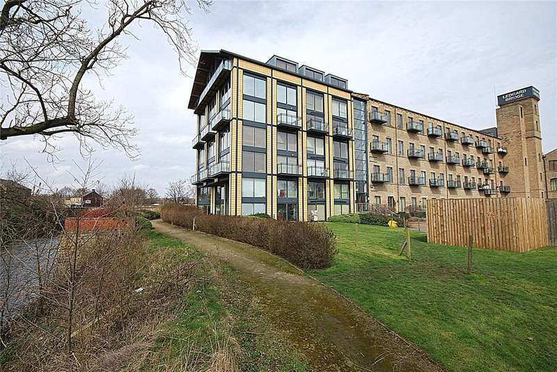 1 Bedroom Apartment Flat for sale in The Boathouse - Ledgard Wharf, Mirfield, West Yorkshire, WF14