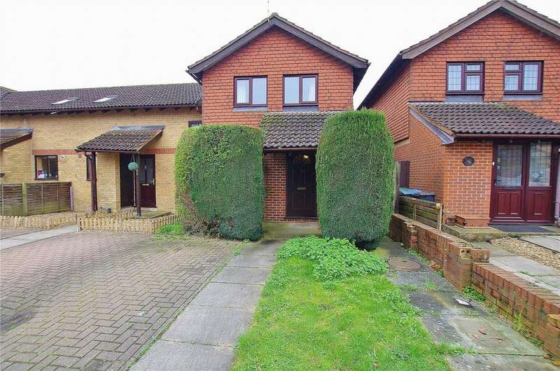 2 Bedrooms End Of Terrace House for sale in Chenies Way, Watford, Hertfordshire, WD18