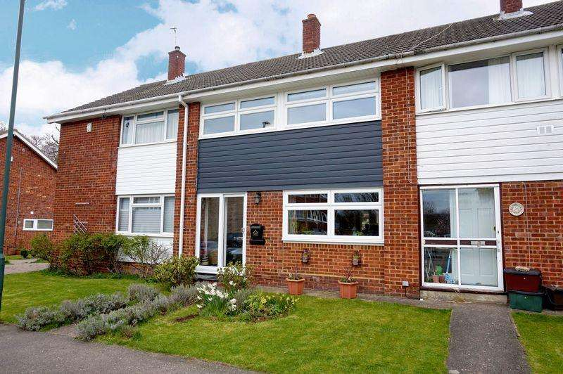 3 Bedrooms Terraced House for sale in West Woodside, Bexley
