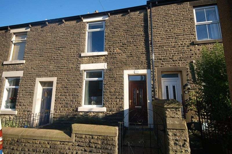 2 Bedrooms Property for rent in St Marys Road, Glossop