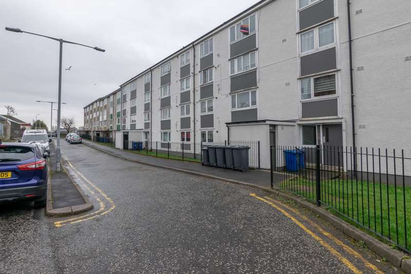 2 Bedrooms Flat for sale in Williamsburgh Terrace, Paisley, PA1 1QG