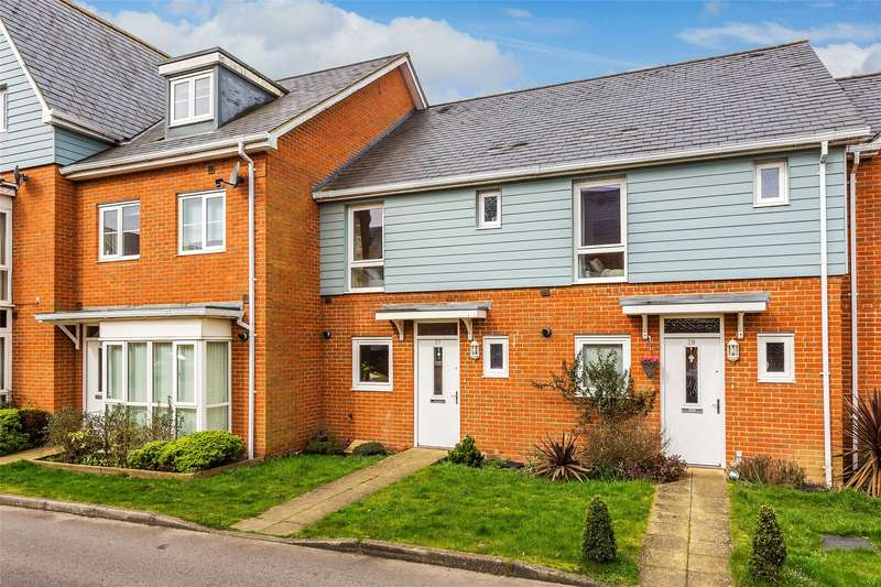2 Bedrooms Terraced House for sale in Goodworth Road, Redhill, Surrey, RH1