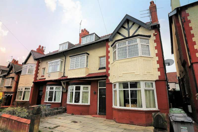 3 Bedrooms Flat for sale in Sandymount Drive, Wallasey, CH45 0LL