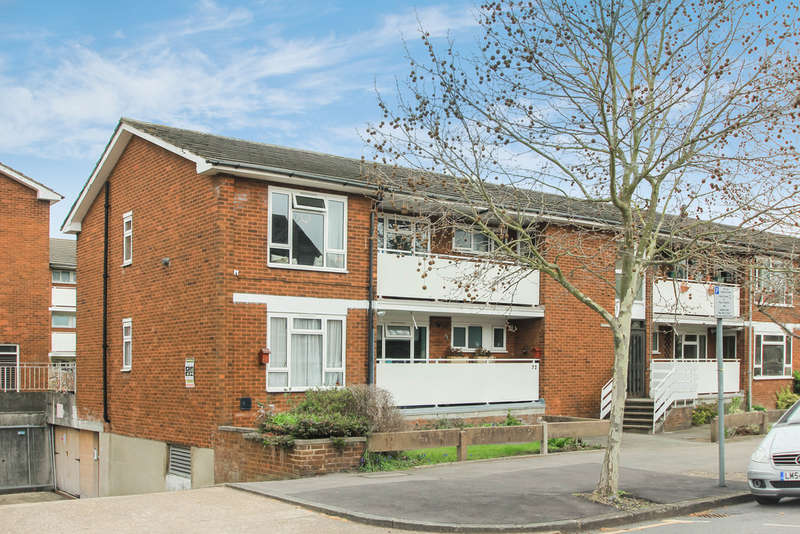 3 Bedrooms Flat for sale in Anglesea Road, Kingston Upon Thames