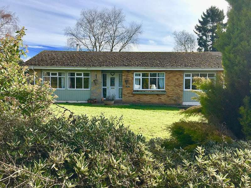 4 Bedrooms Detached Bungalow for sale in Bredenbury, Bromyard, Herefordshire, HR7 4TF