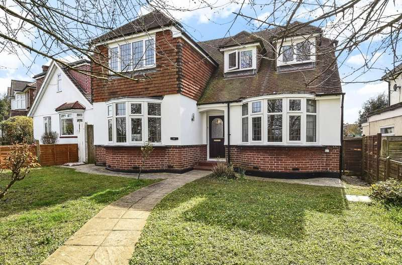 4 Bedrooms Detached House for sale in Spur Road Orpington BR6