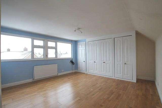 2 Bedrooms Flat for rent in Cottingham Road, HU6